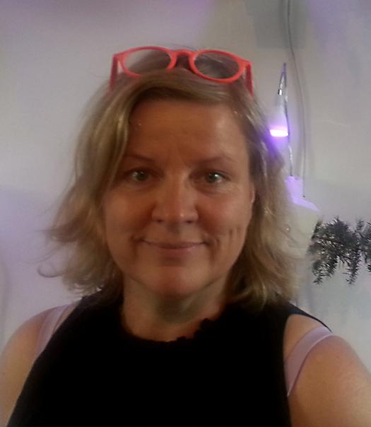 Dr Laura Beloff